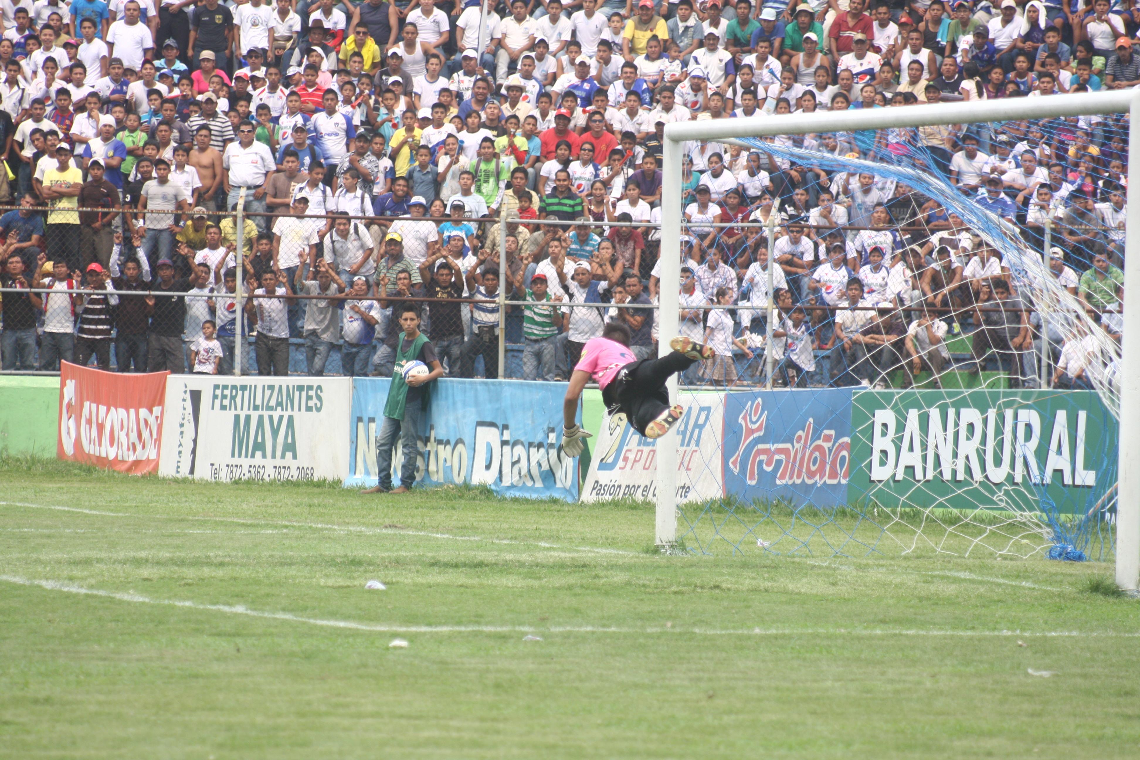 Final Municipal 3 Suchi 0 (4-2) Clásico contra los Cremas