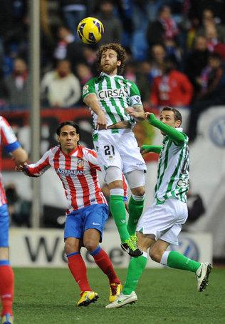 Falcao alcanza 25 tantos en Liga