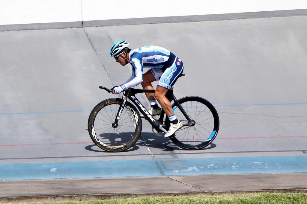 Manuel Rodas gana medalla de Bronce en Carrera por Puntos