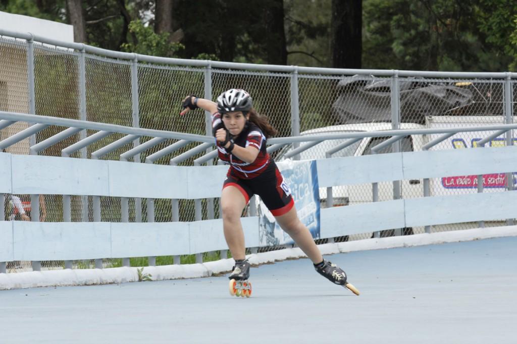 Inician competencias de patinaje escolar