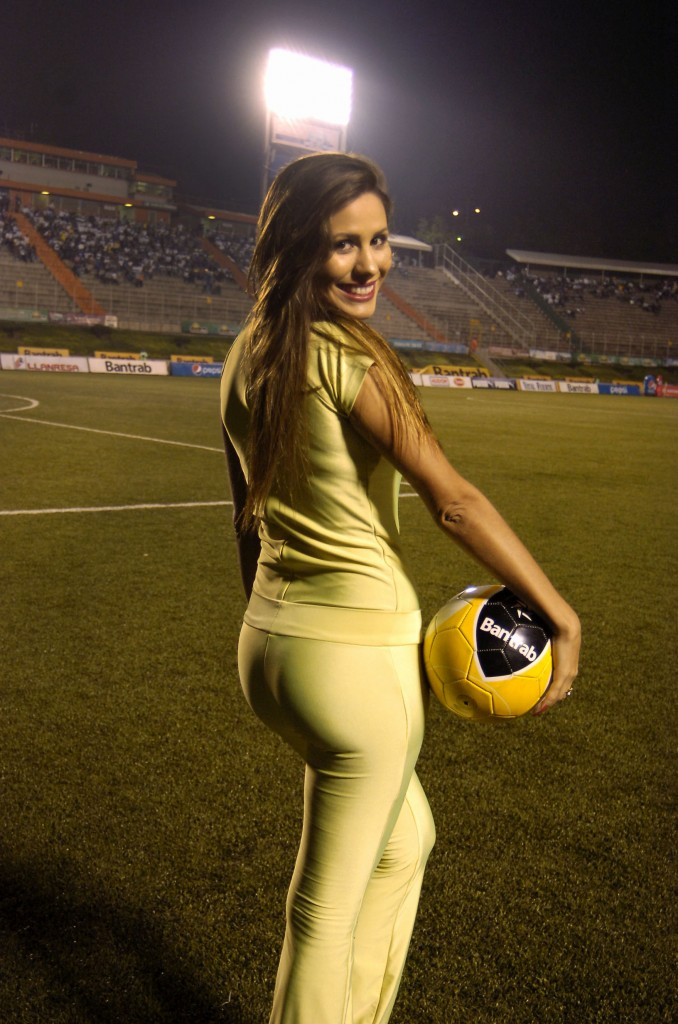 Yaqueline Moraes - Brasil 826