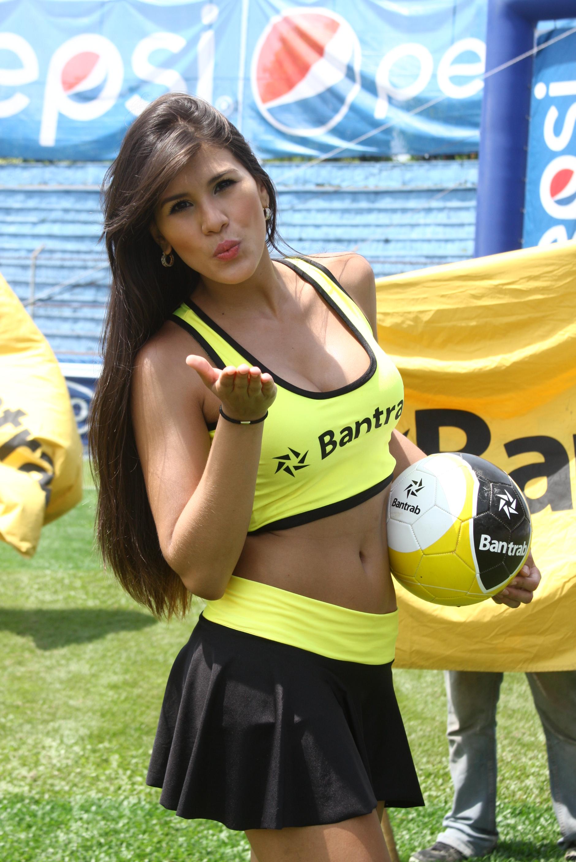 Yenliz Gil (2)