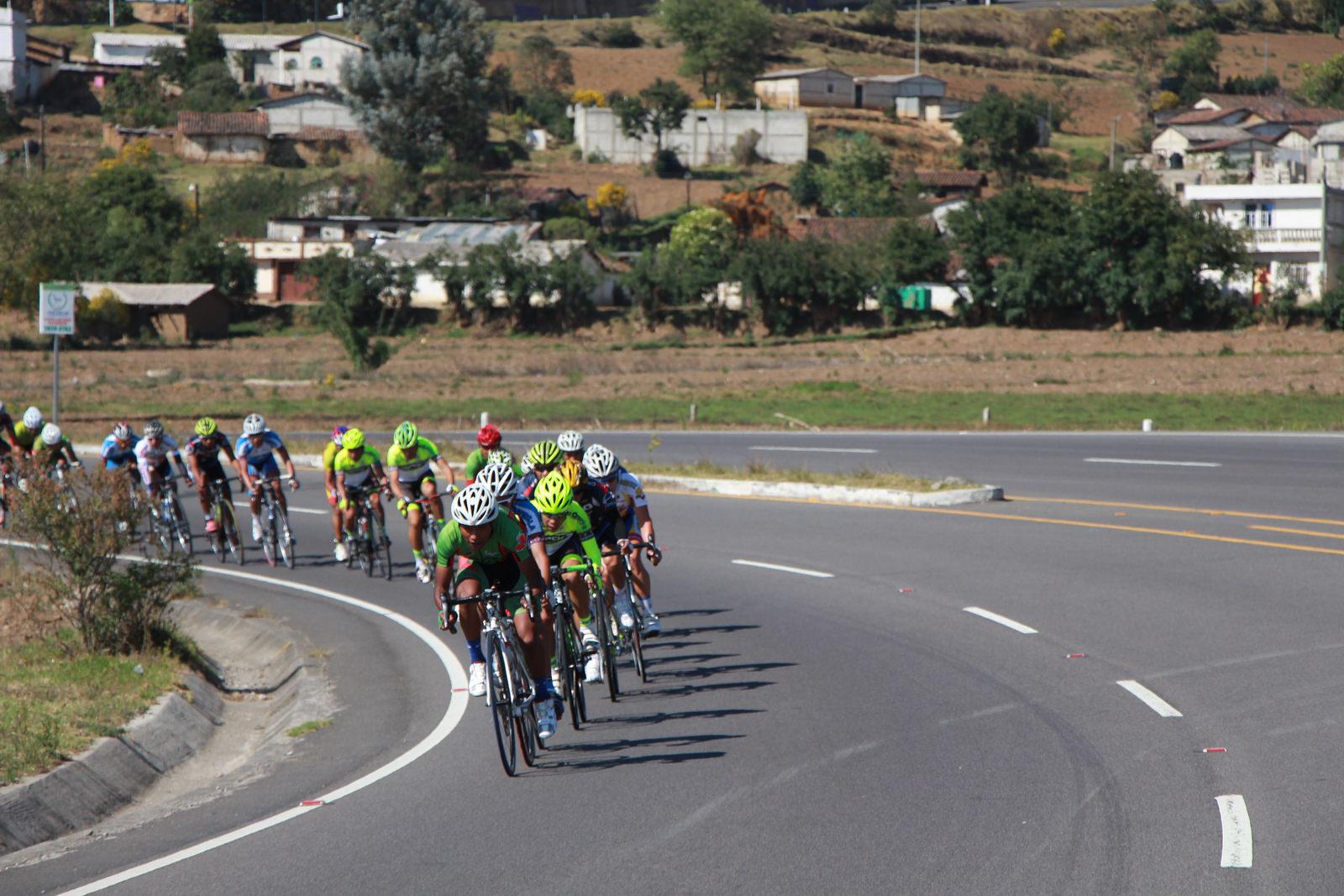 Triatlón nacional se luce en Colombia