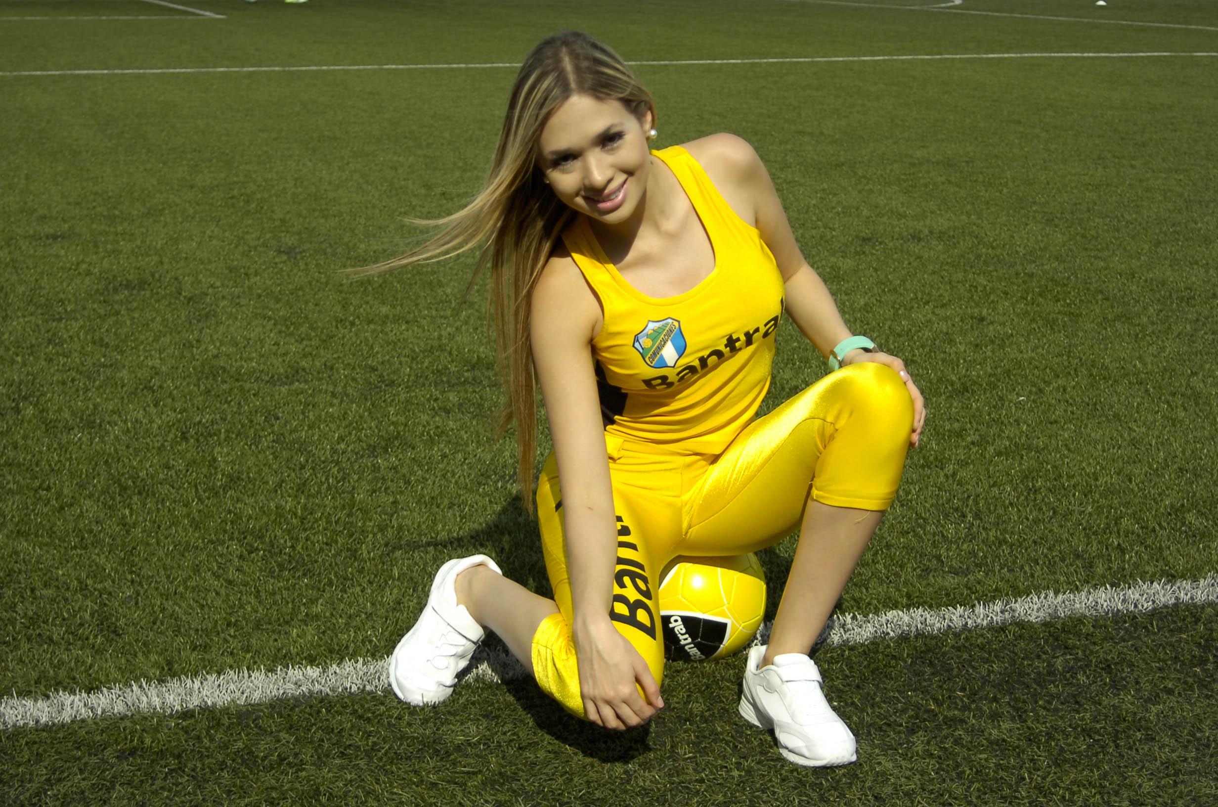 Mariale Velandria de Venezuela 2224