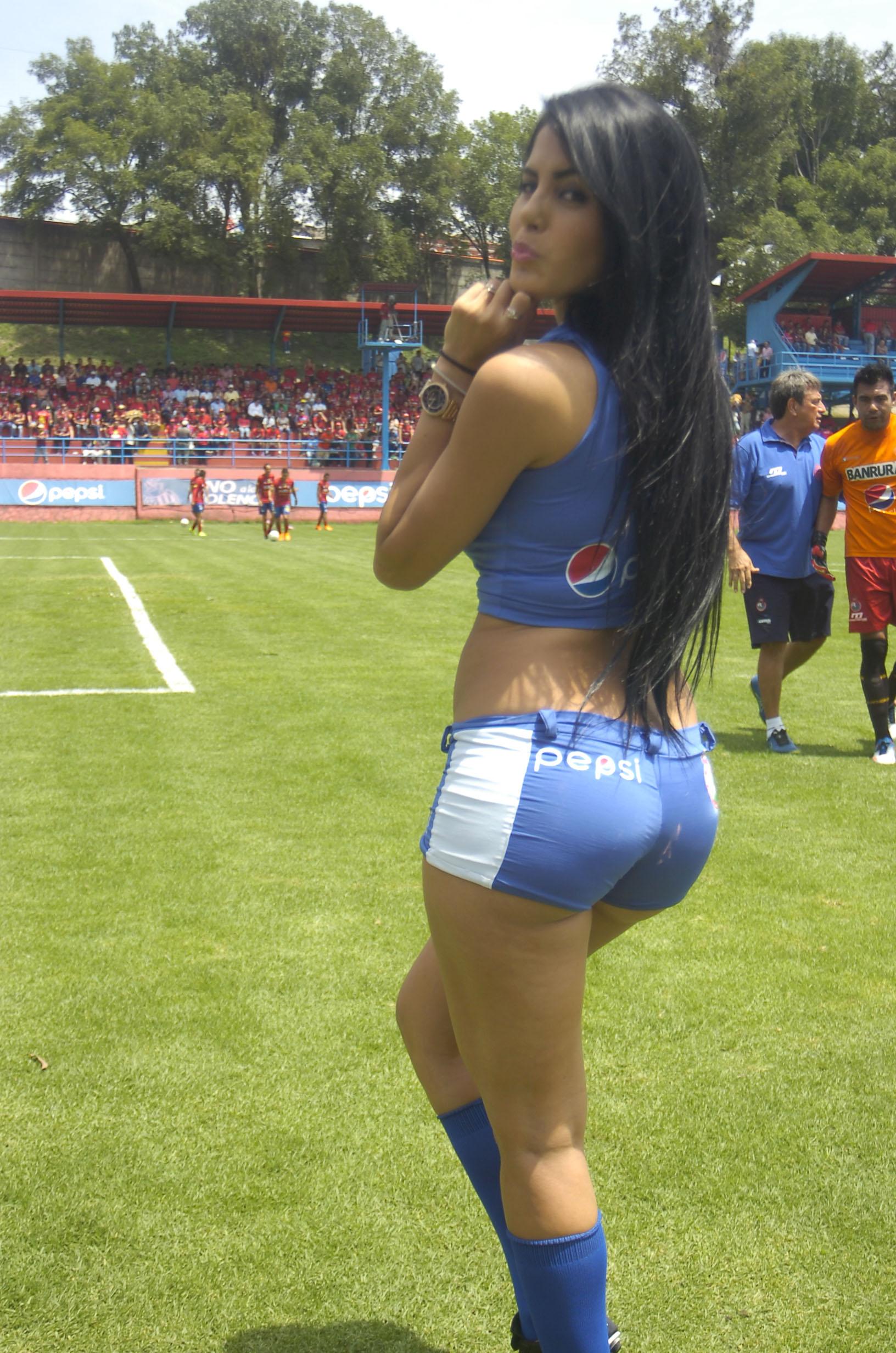 Astrid Barona de Venezuela 59
