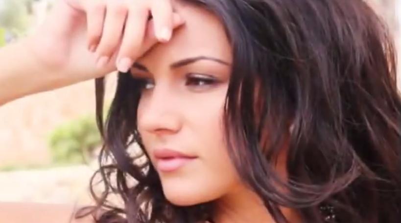 (((VIDEO))) La aficionada más sexy del mundo es del Manchester City
