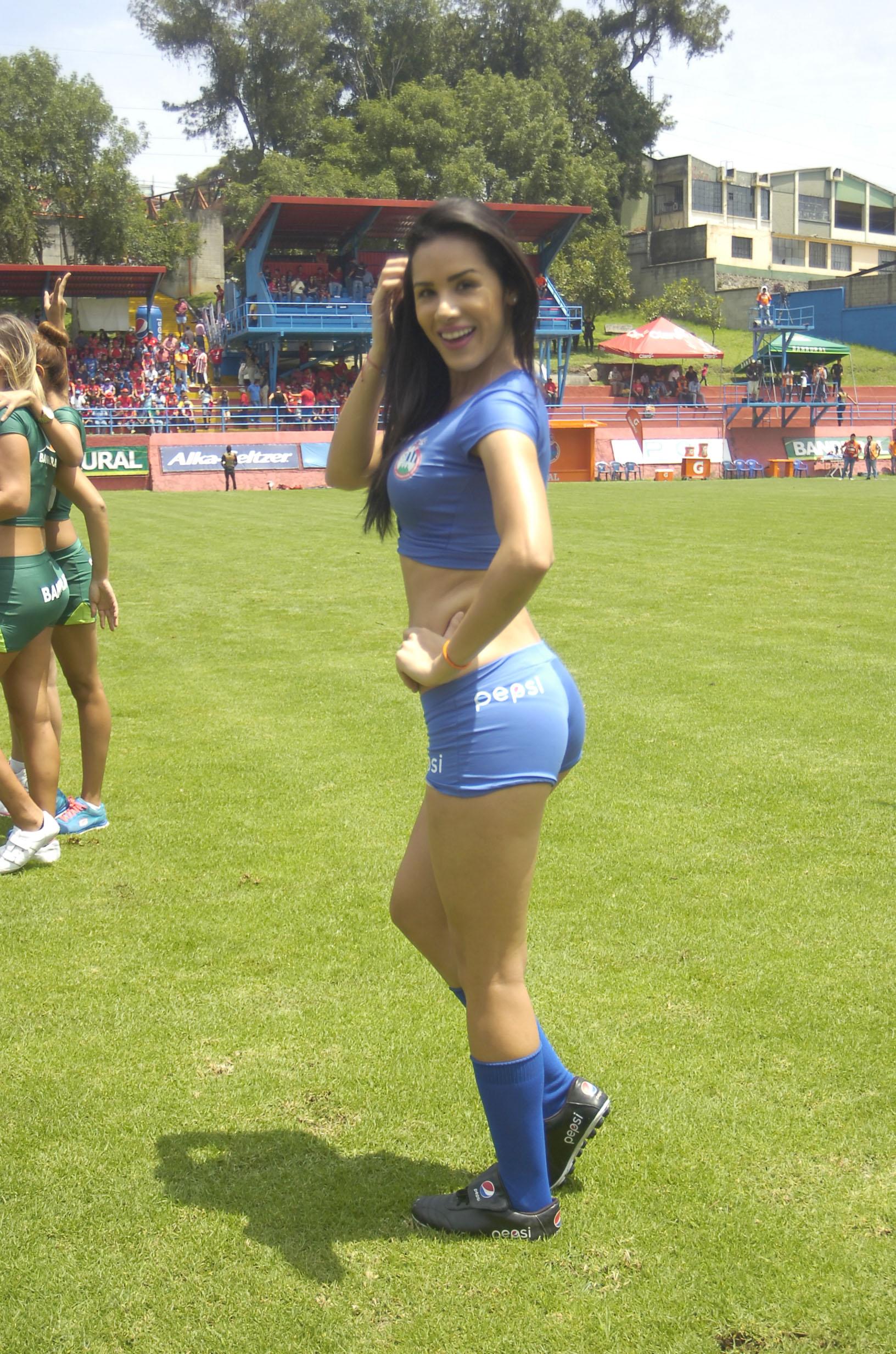 Manuela Suarez de Venezuela 94