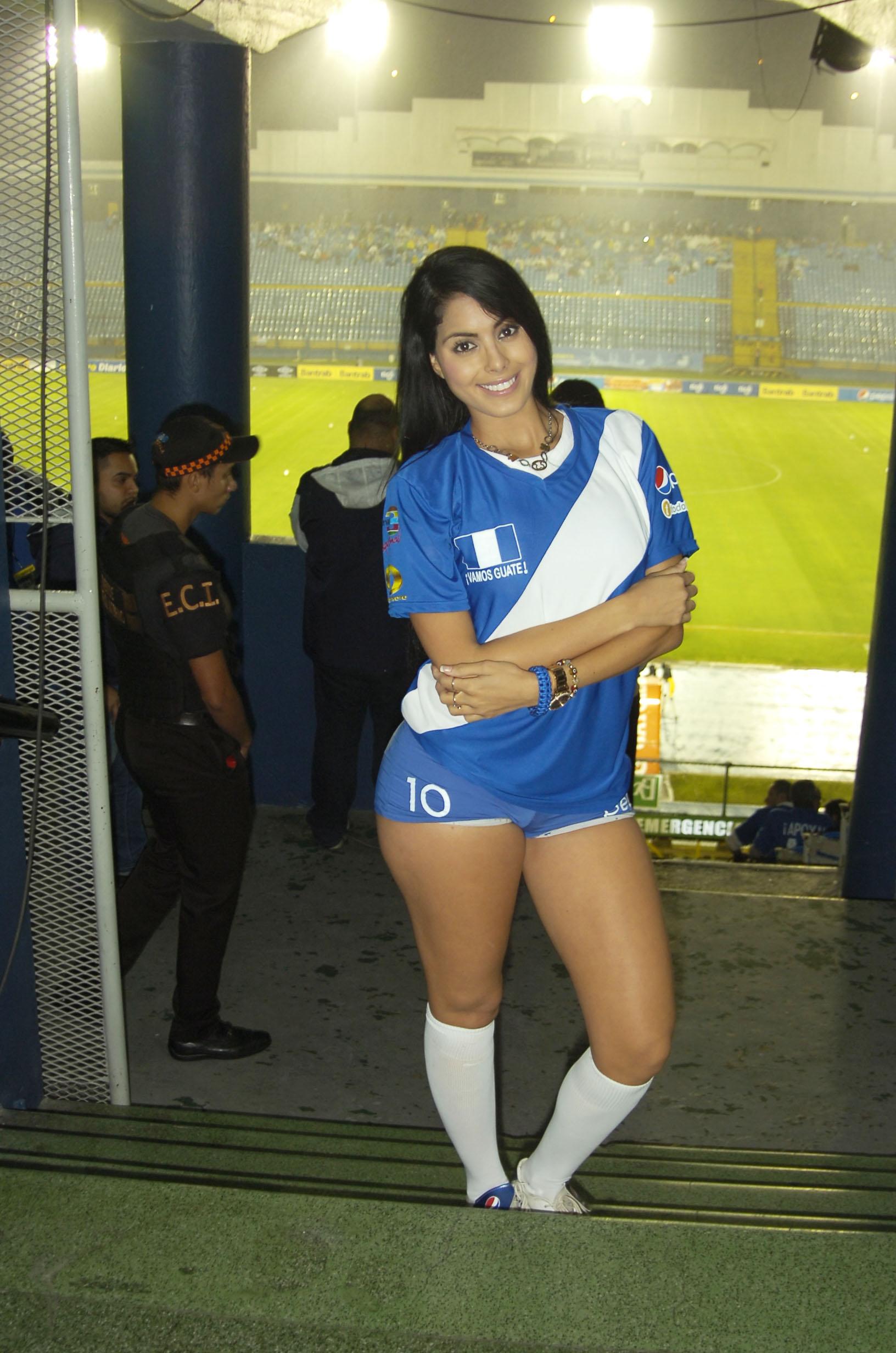 Astrid Barona de Venezuela 2483