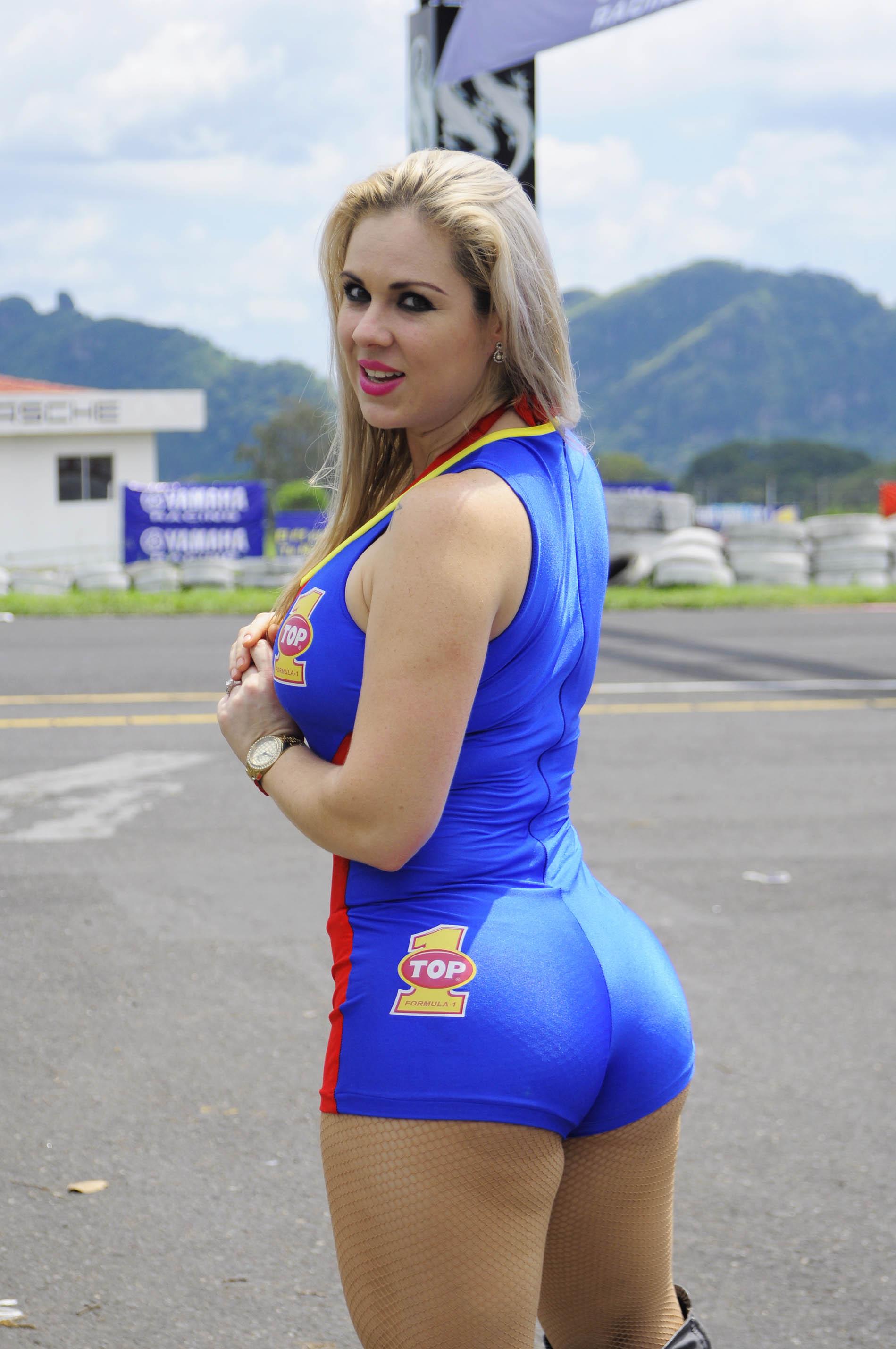 Melanny Méndez de  Costa Rica 3011