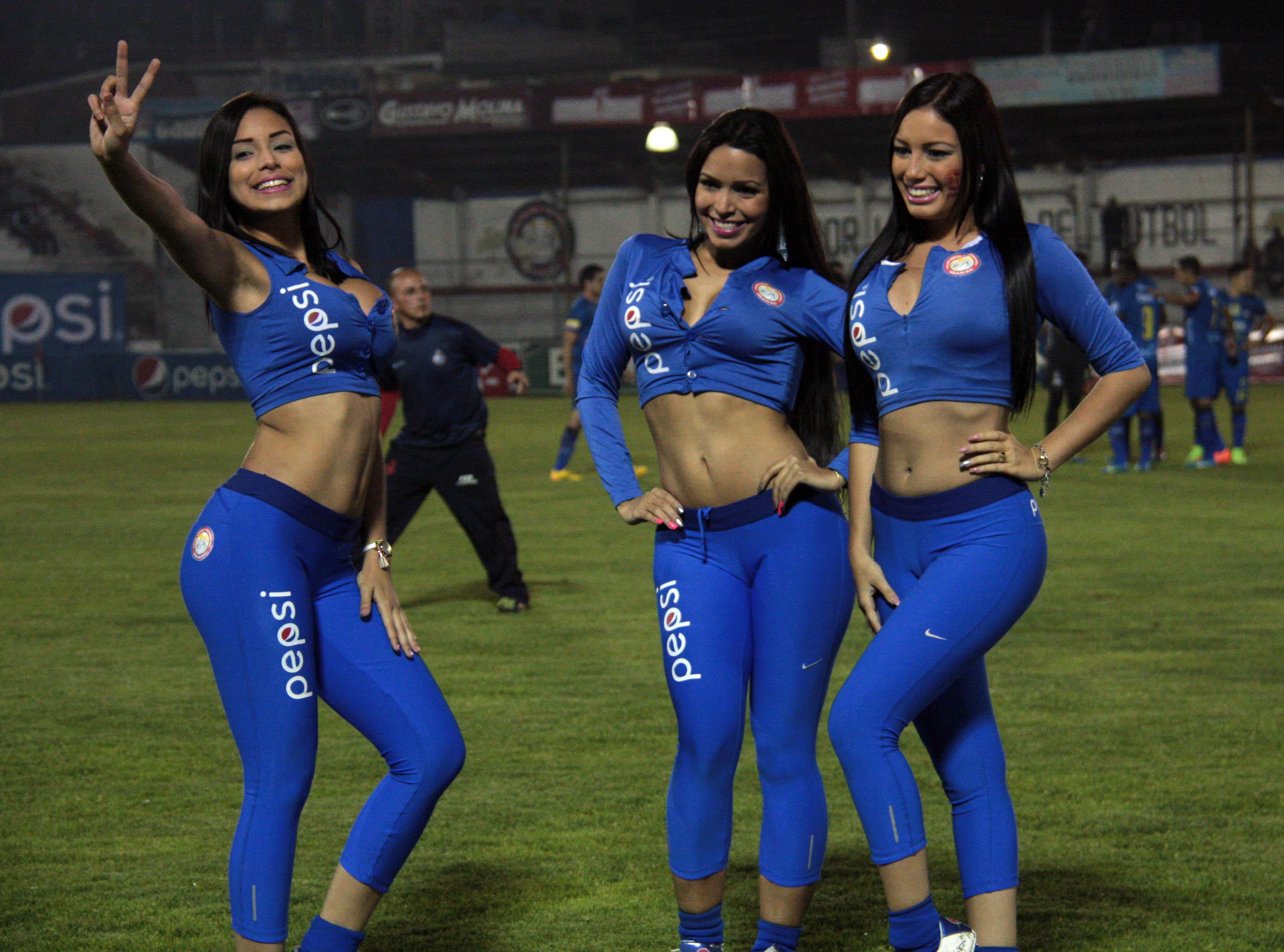 YohanaPérez-modelos (5)