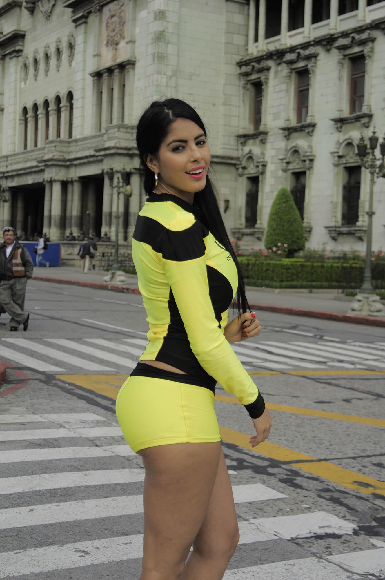 Astrid Barona de Venezuela 3434