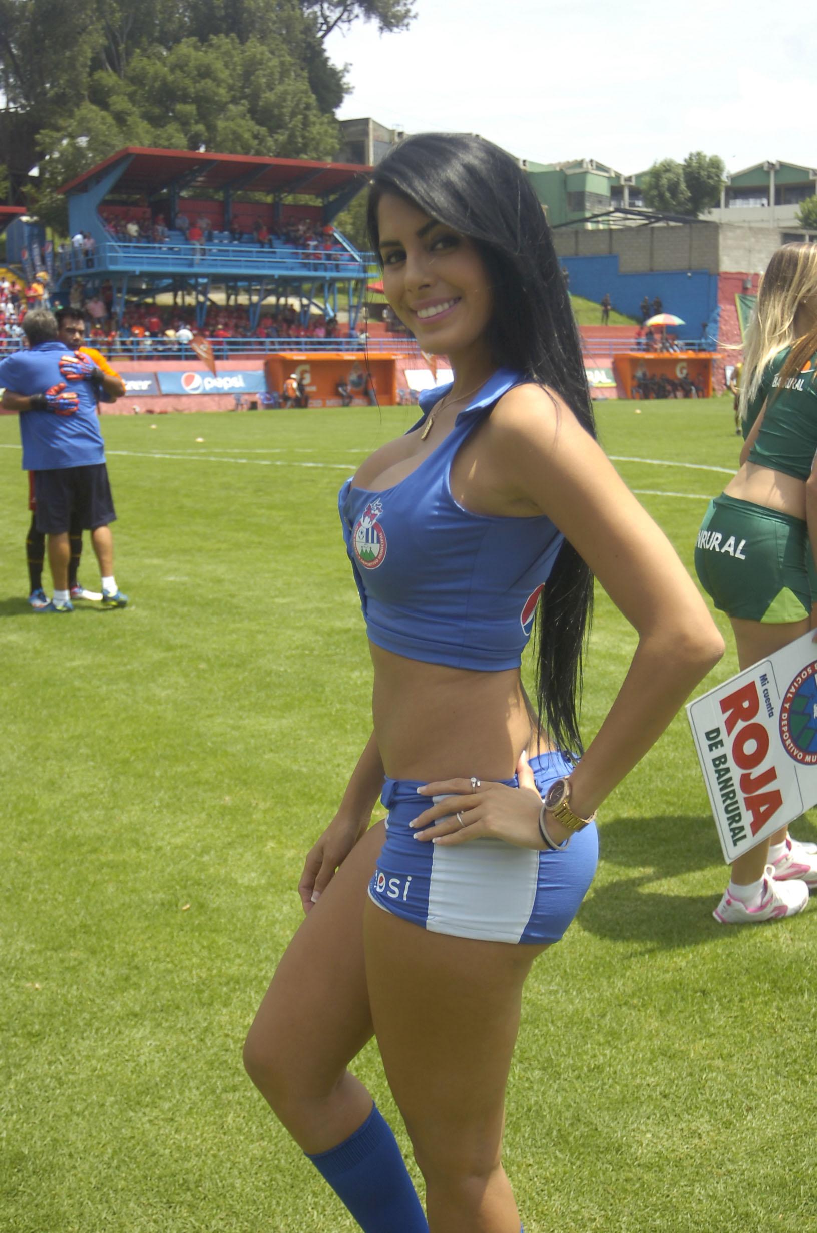 Astrid Barona de Venezuela 55