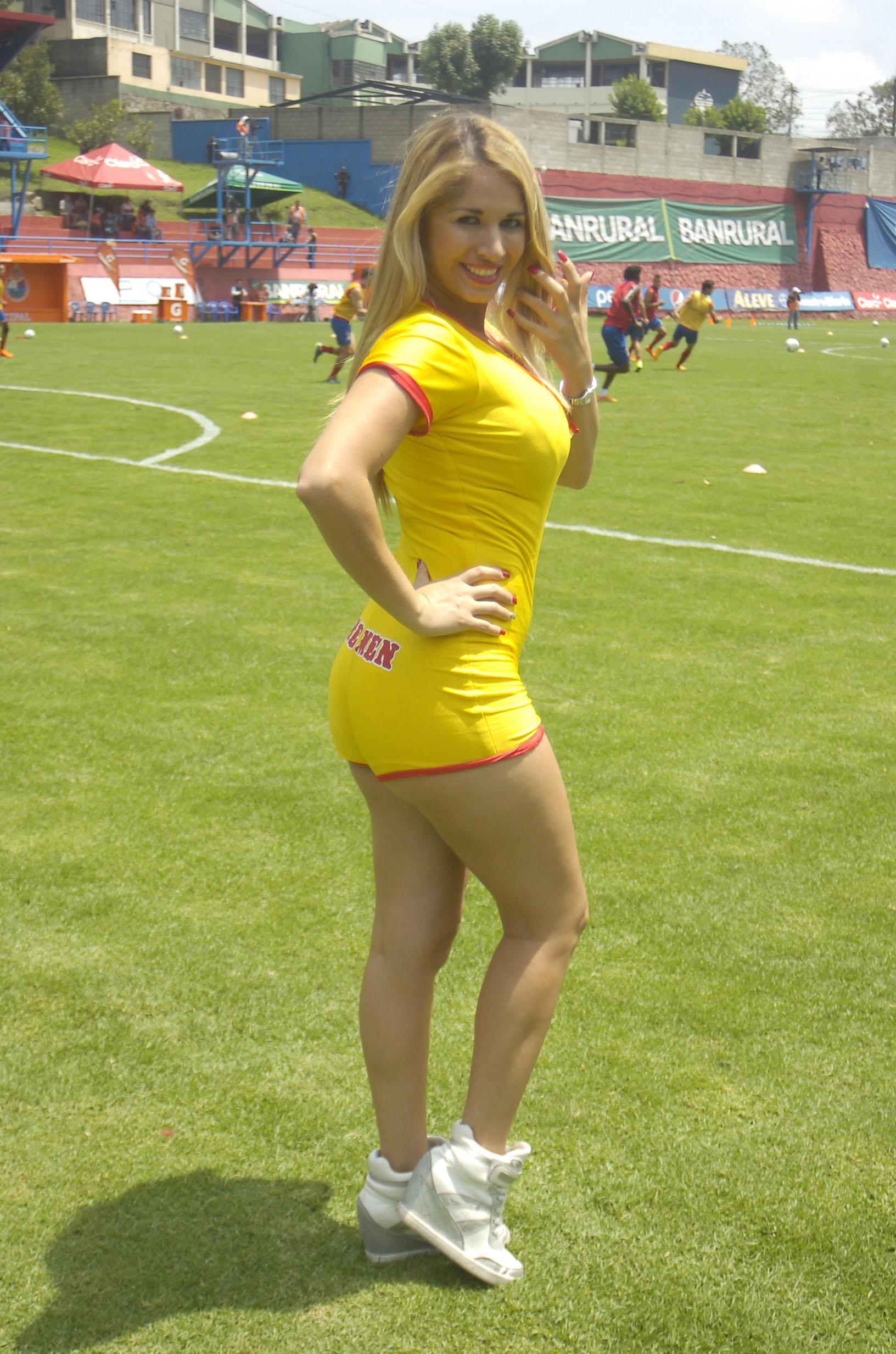 Yolanda Elizondo de Costa Rica 26