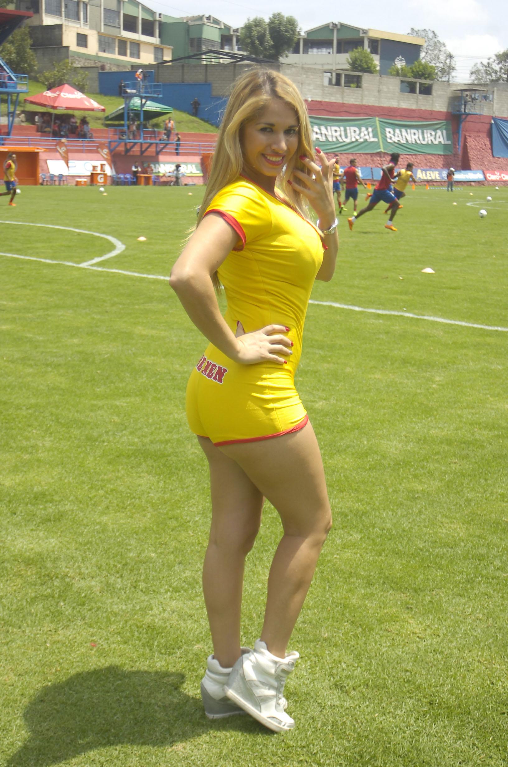 Yolanda Elizondo de Costa Rica 27