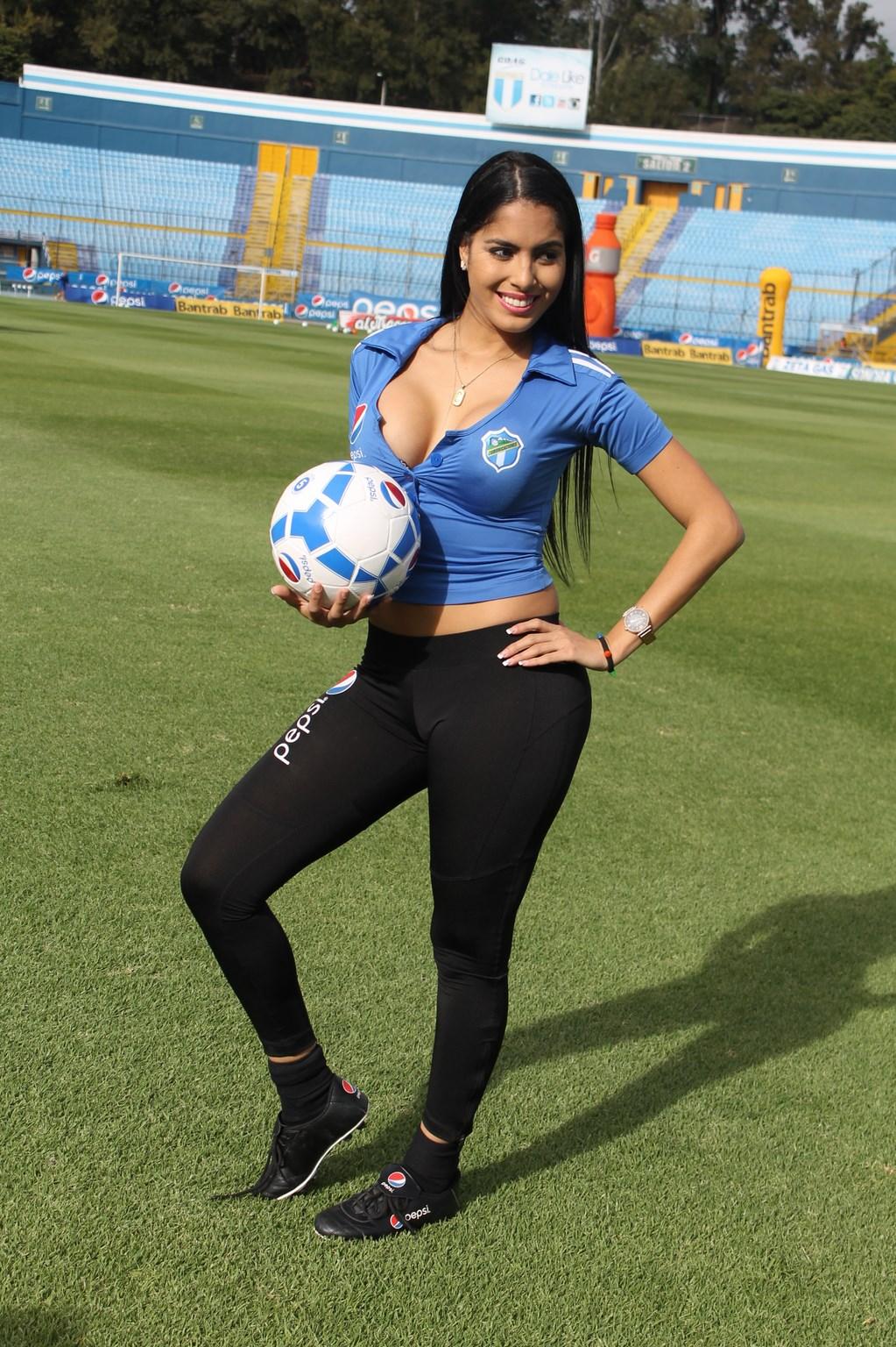Astrid Barona (19)