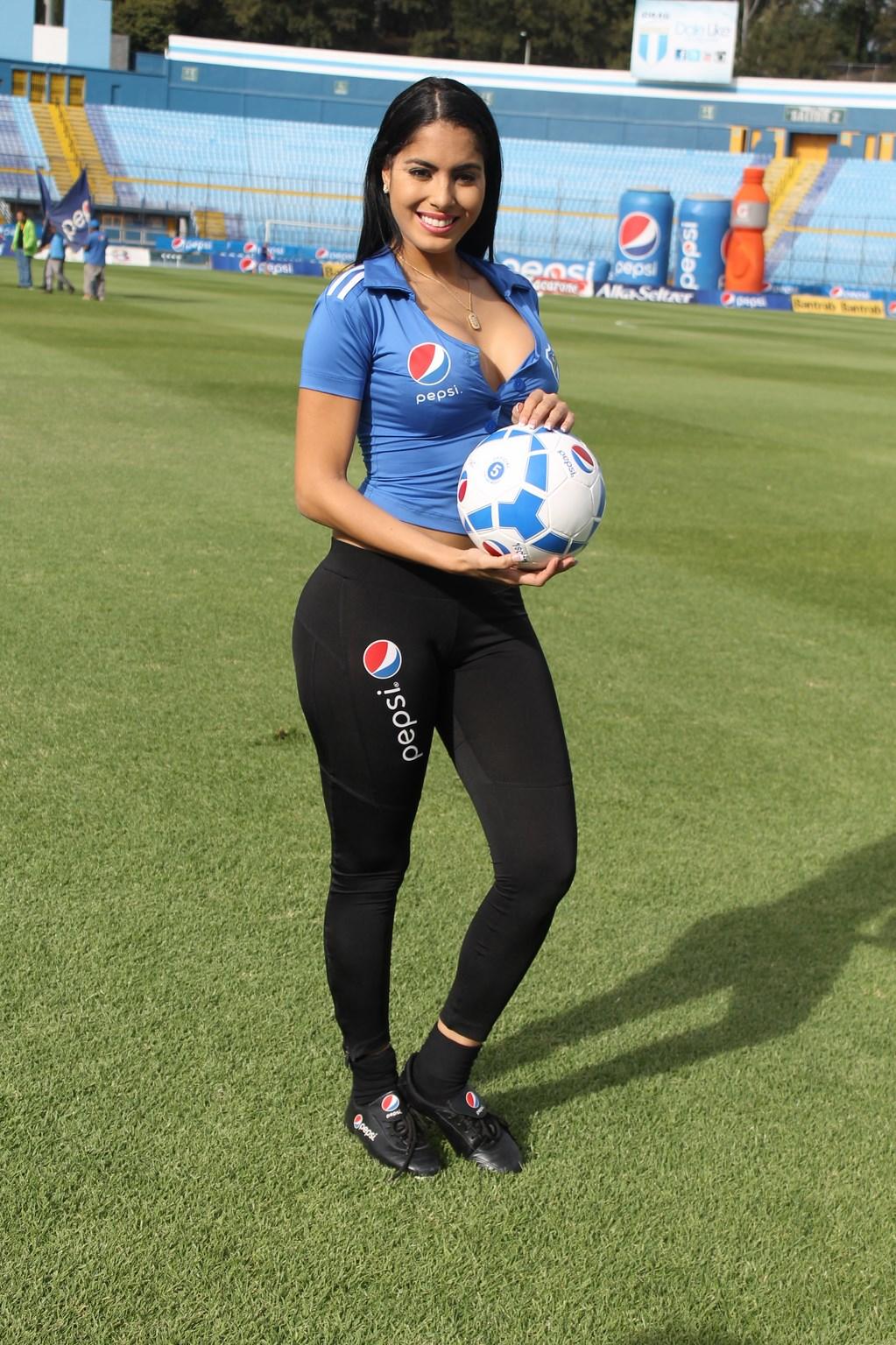 Astrid Barona (20)
