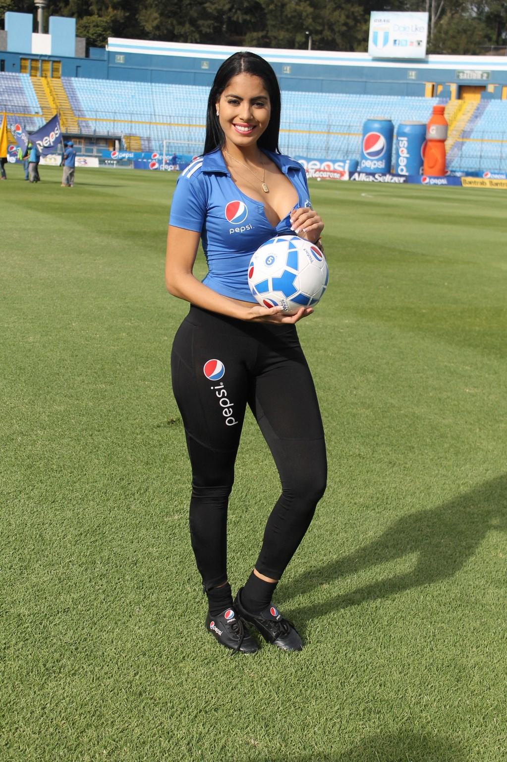 Astrid Barona (21)