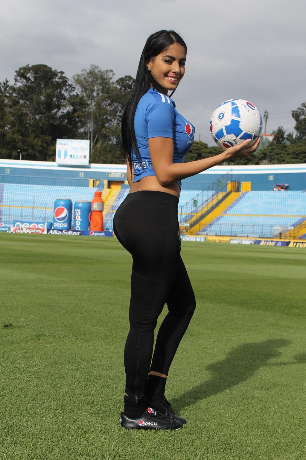 Astrid Barona (24)