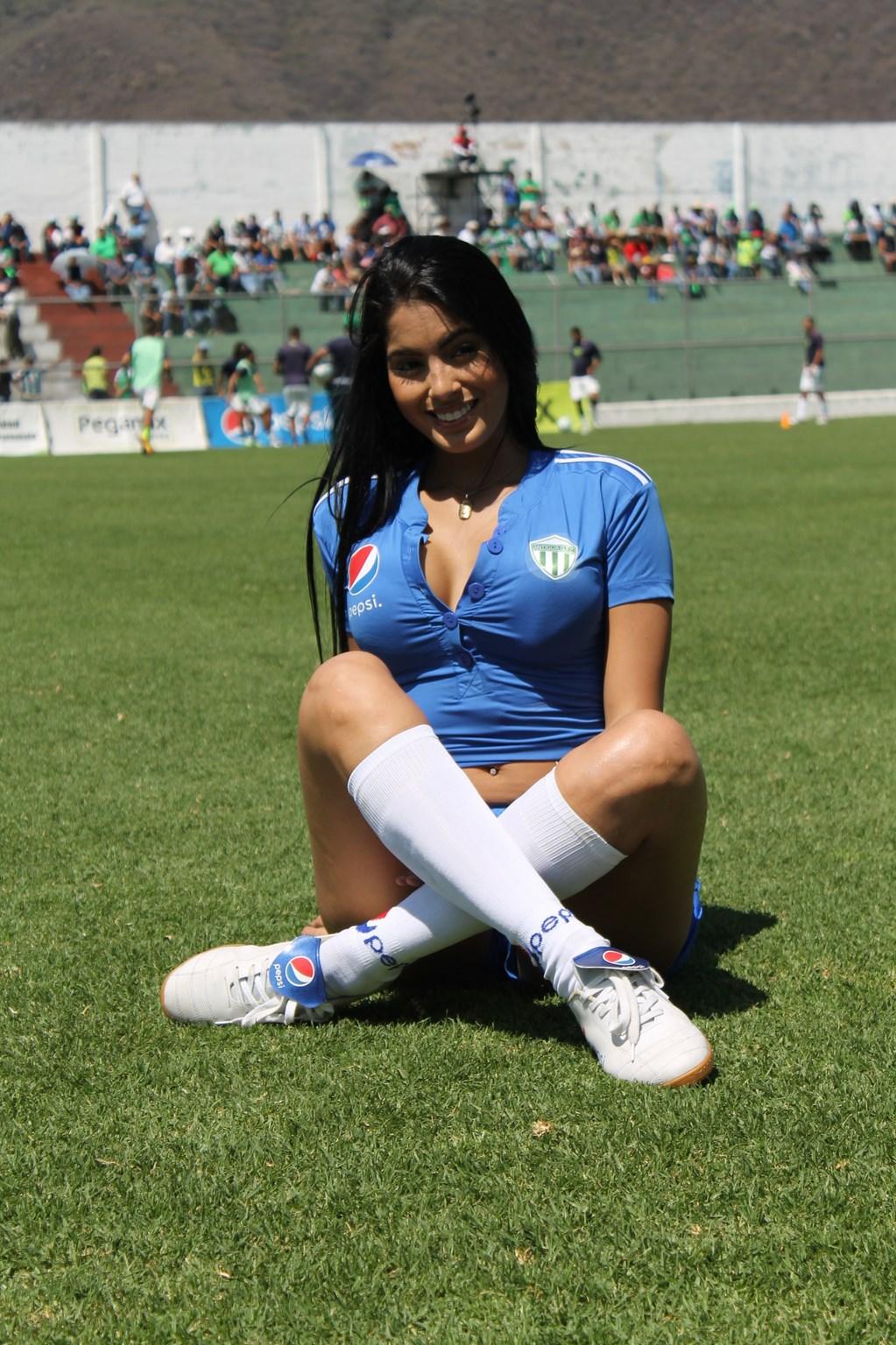 Astrid Barona (17)