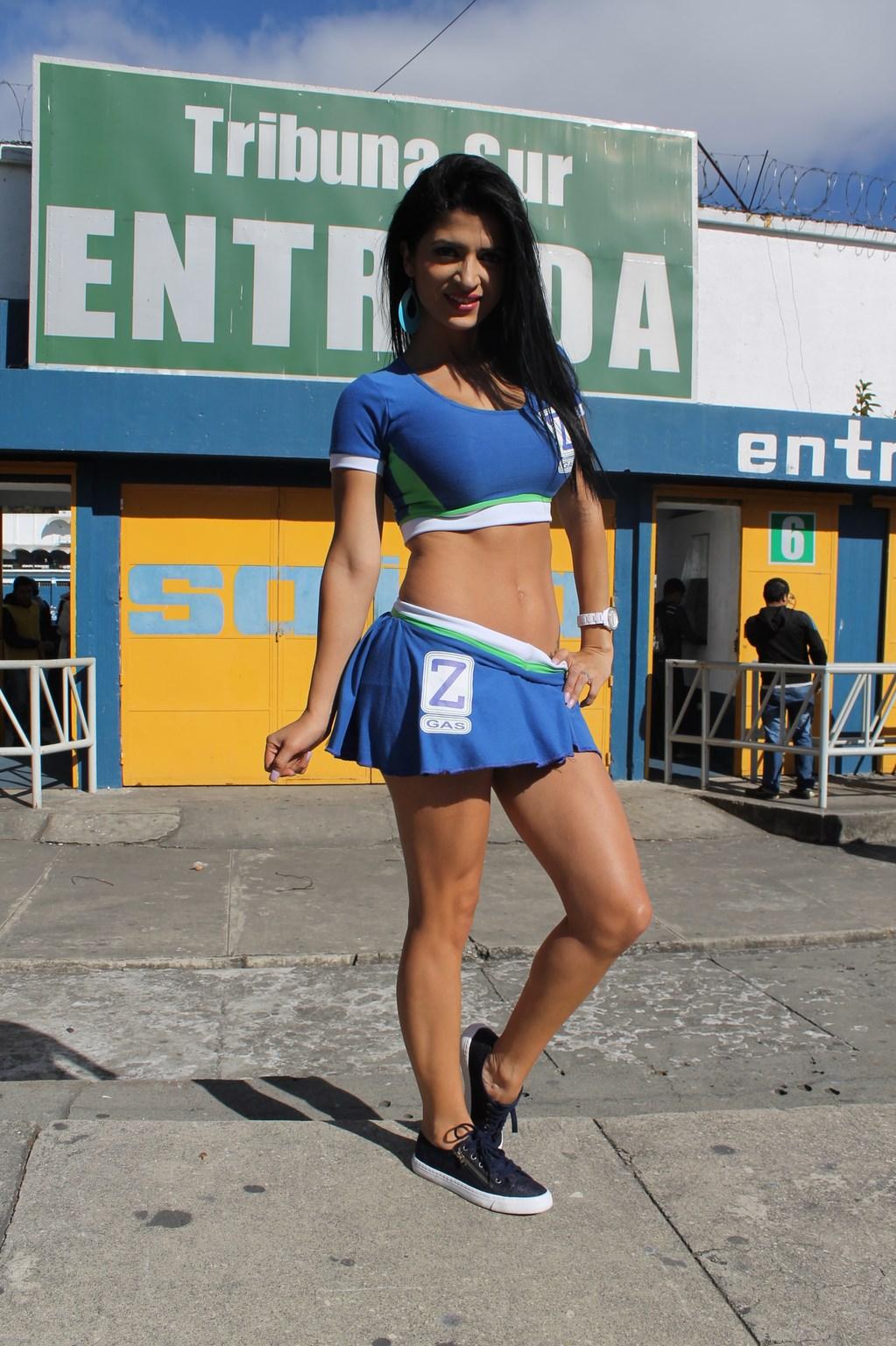 Kimberly Flores (10)