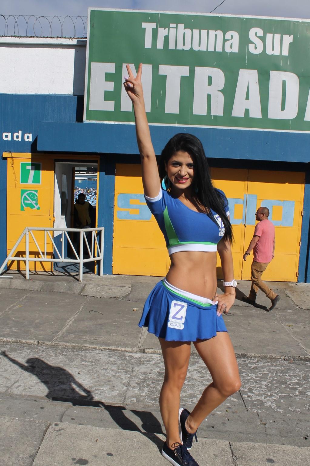 Kimberly Flores (11)