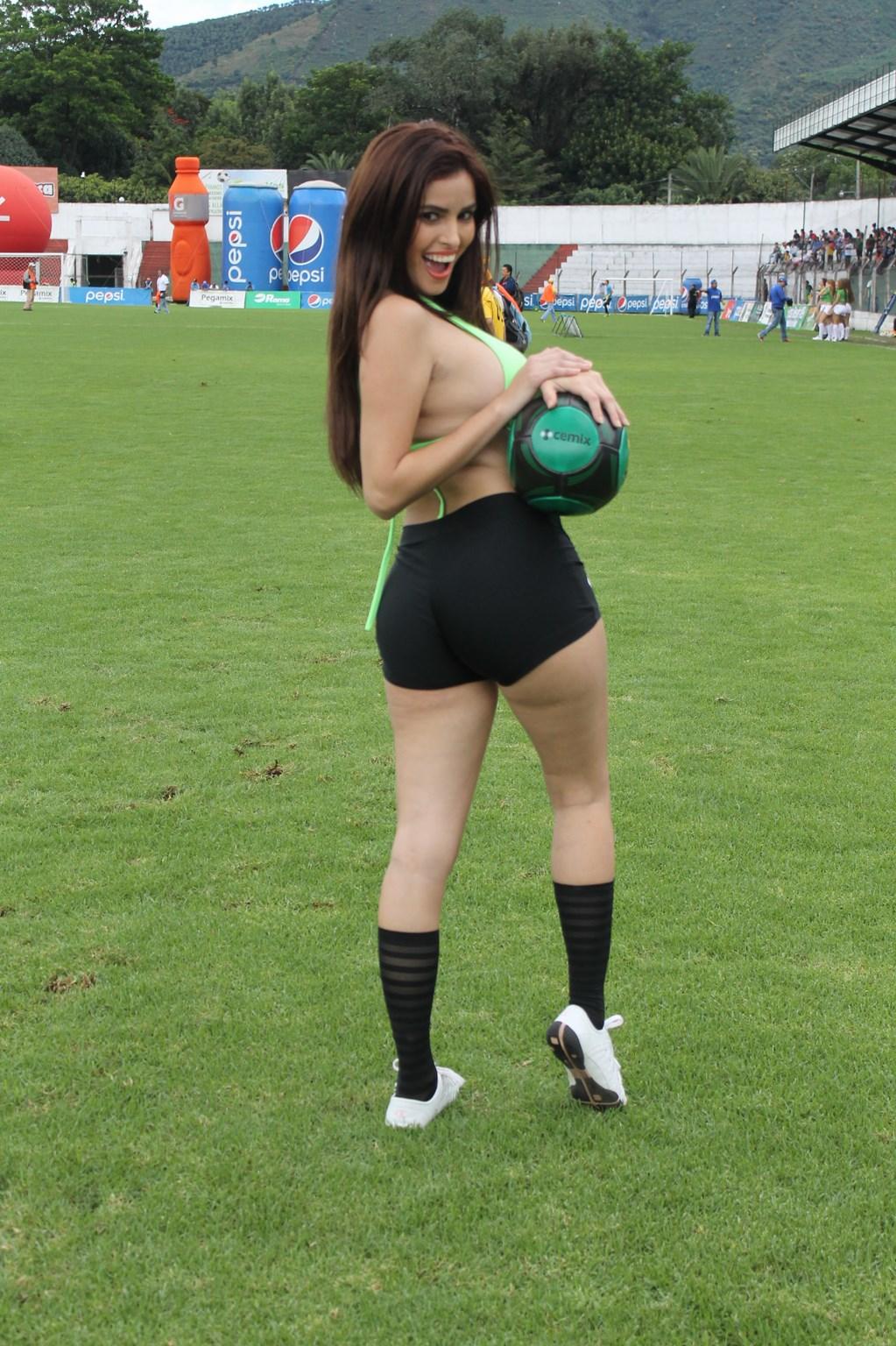 Karlen Serrano (2)