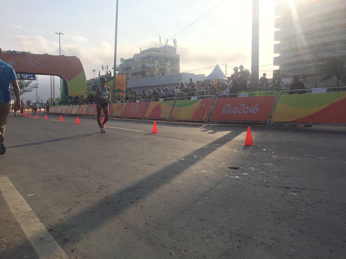 Marcha femenina concluye en los 20km de Río