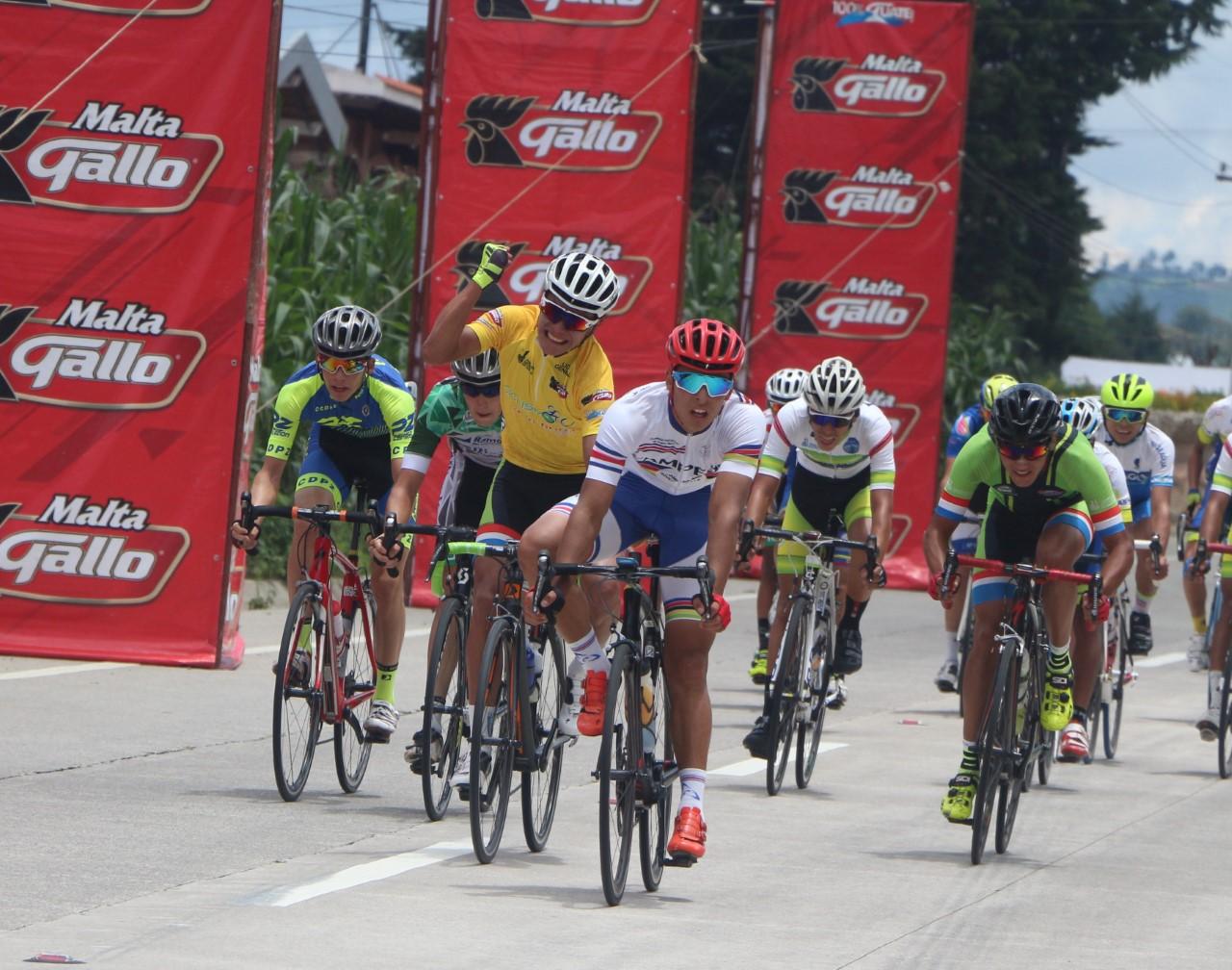 Henry Sam, campeón de la Vuelta del Porvenir 2016