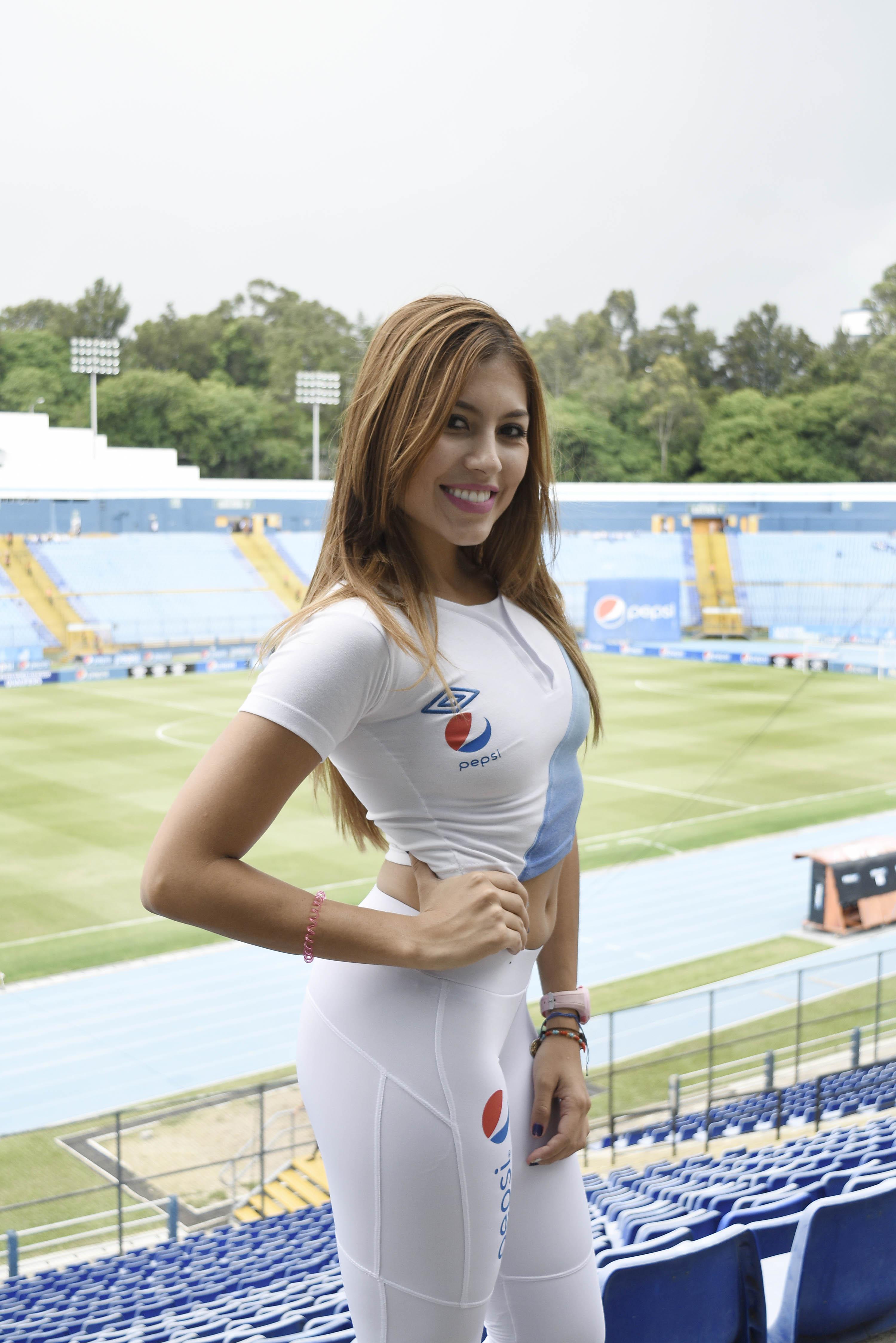 johanna-santiago-de-medellin-colombia-357