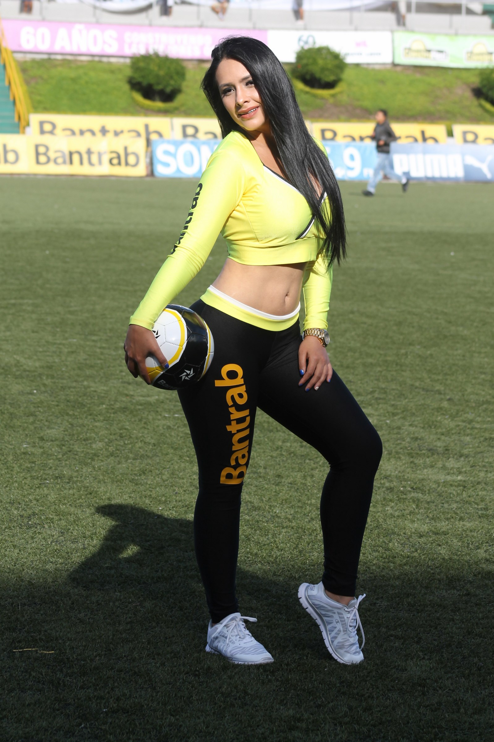 stefany-robles-1