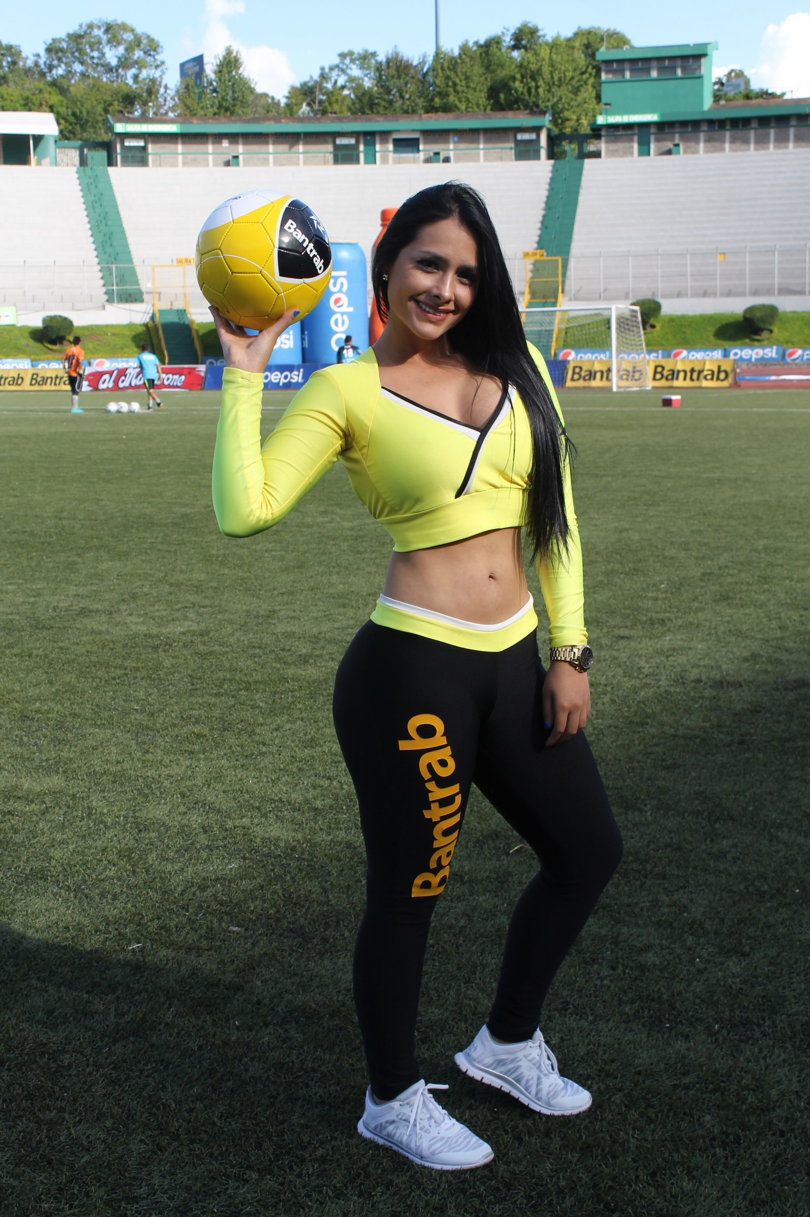 stefany-robles-2