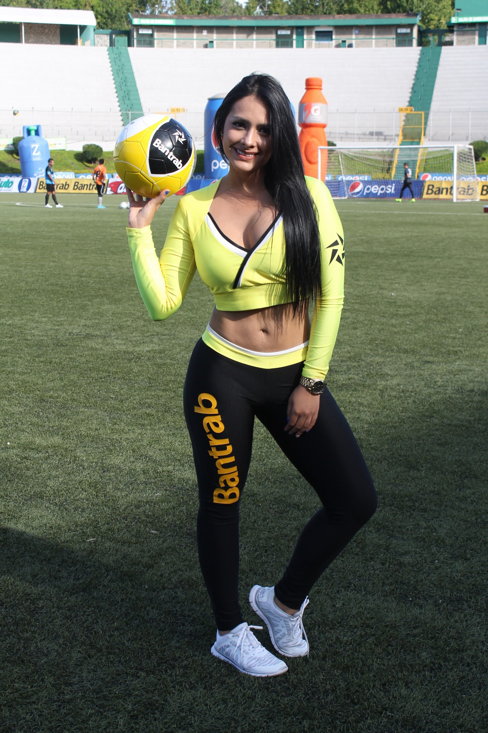 stefany-robles-3
