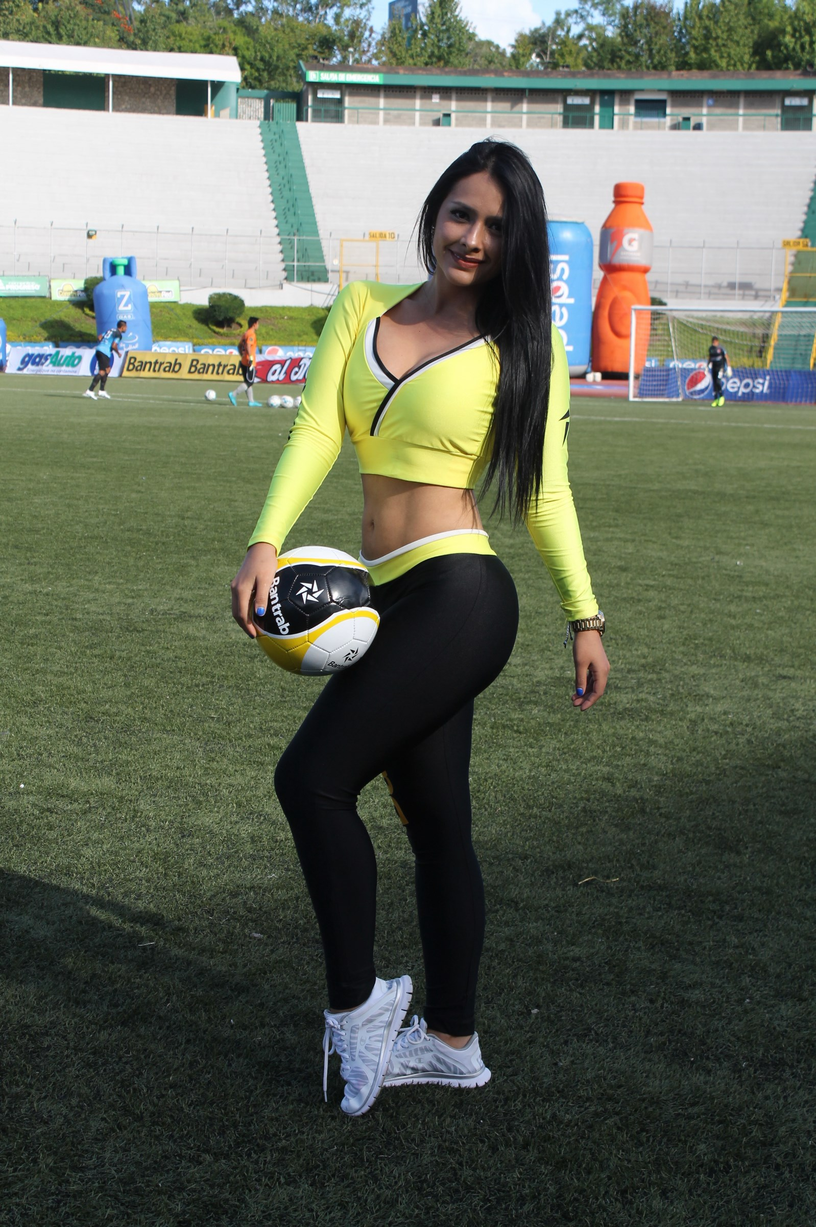 stefany-robles-5