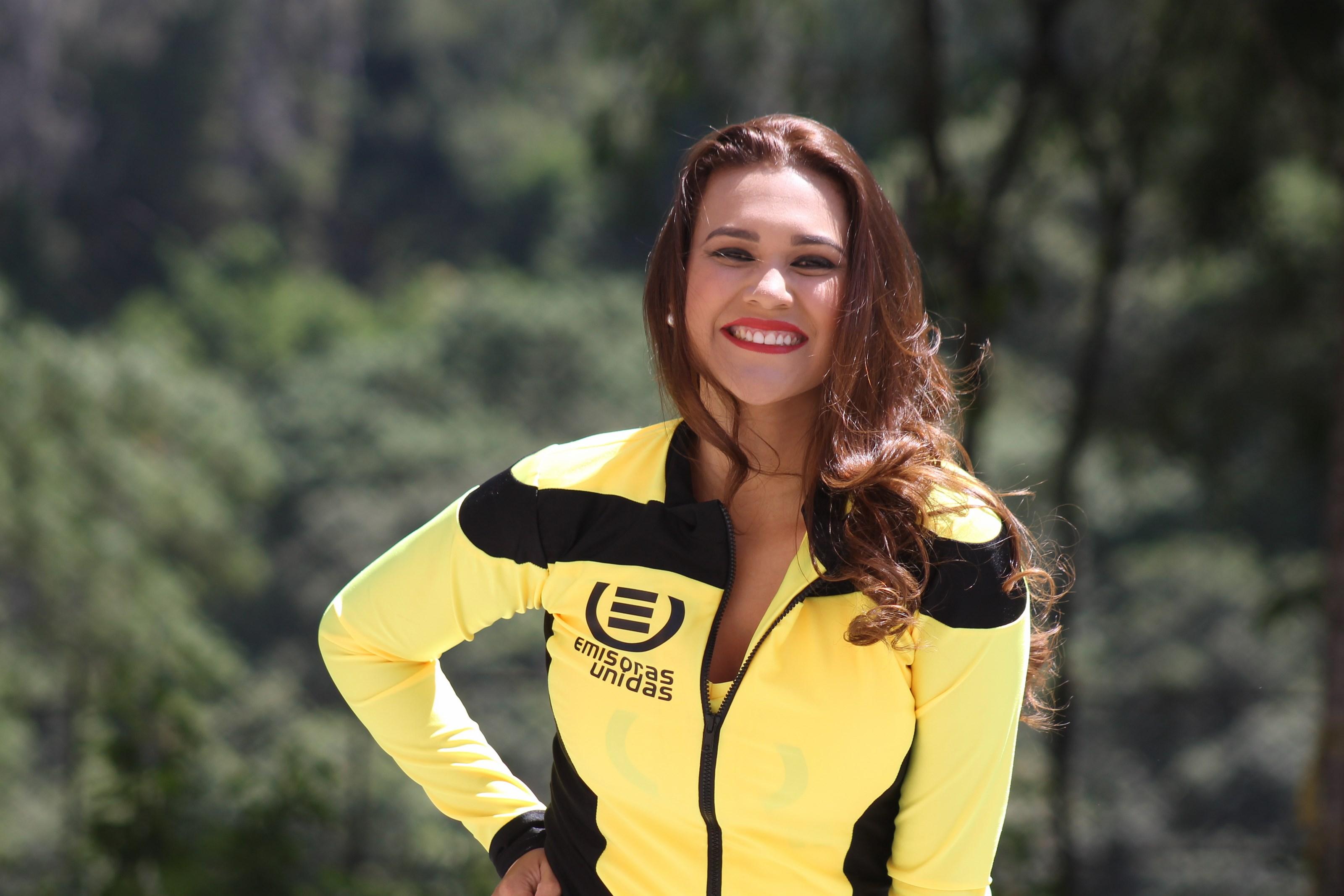 (((FOTOS))) Los equipos de la Vuelta a Guatemala junto a Marian