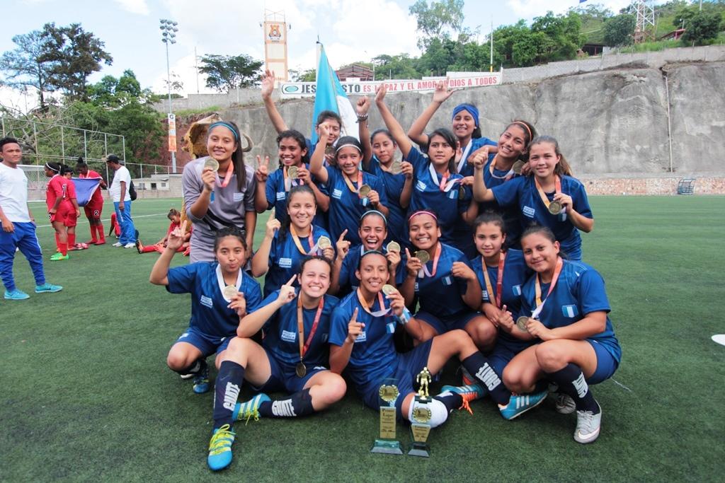 Equipo Destacado: Escuela Normal Central (fútbol femenino)