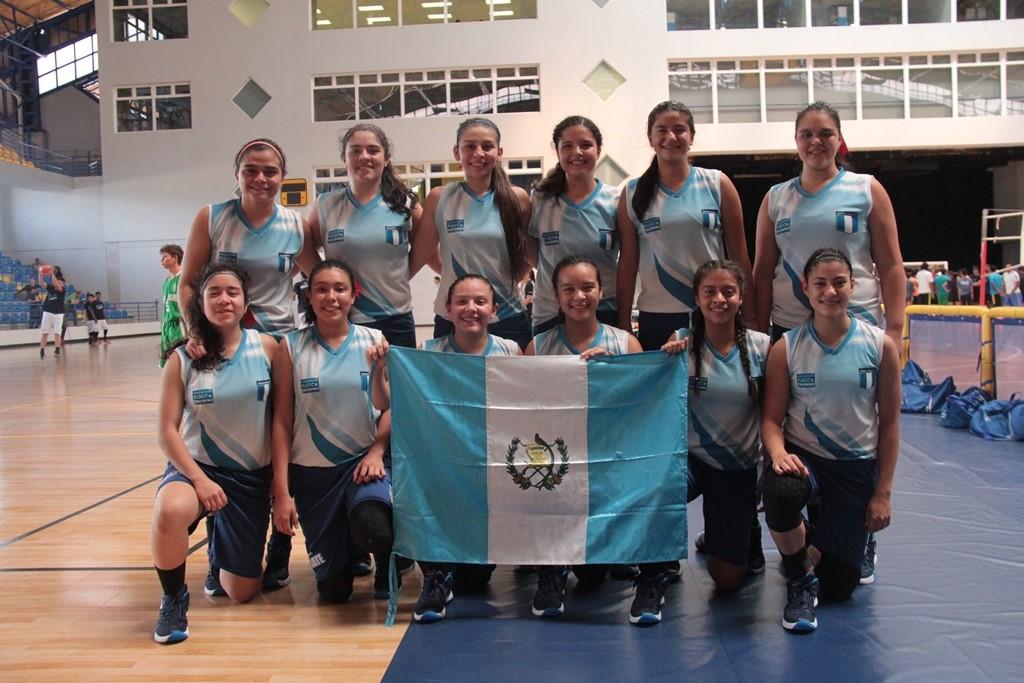 Colegio Sagrado Corazón domina el baloncesto del Codicader