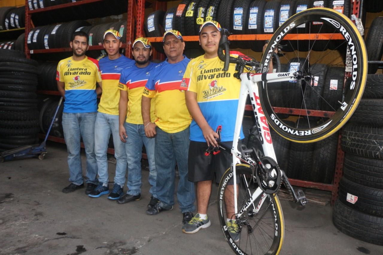 Ciclismo: regresa el equipo Llantera Alvarado
