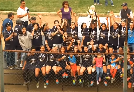 (((VIDEO))) Unifut, monarca del futbol femenino