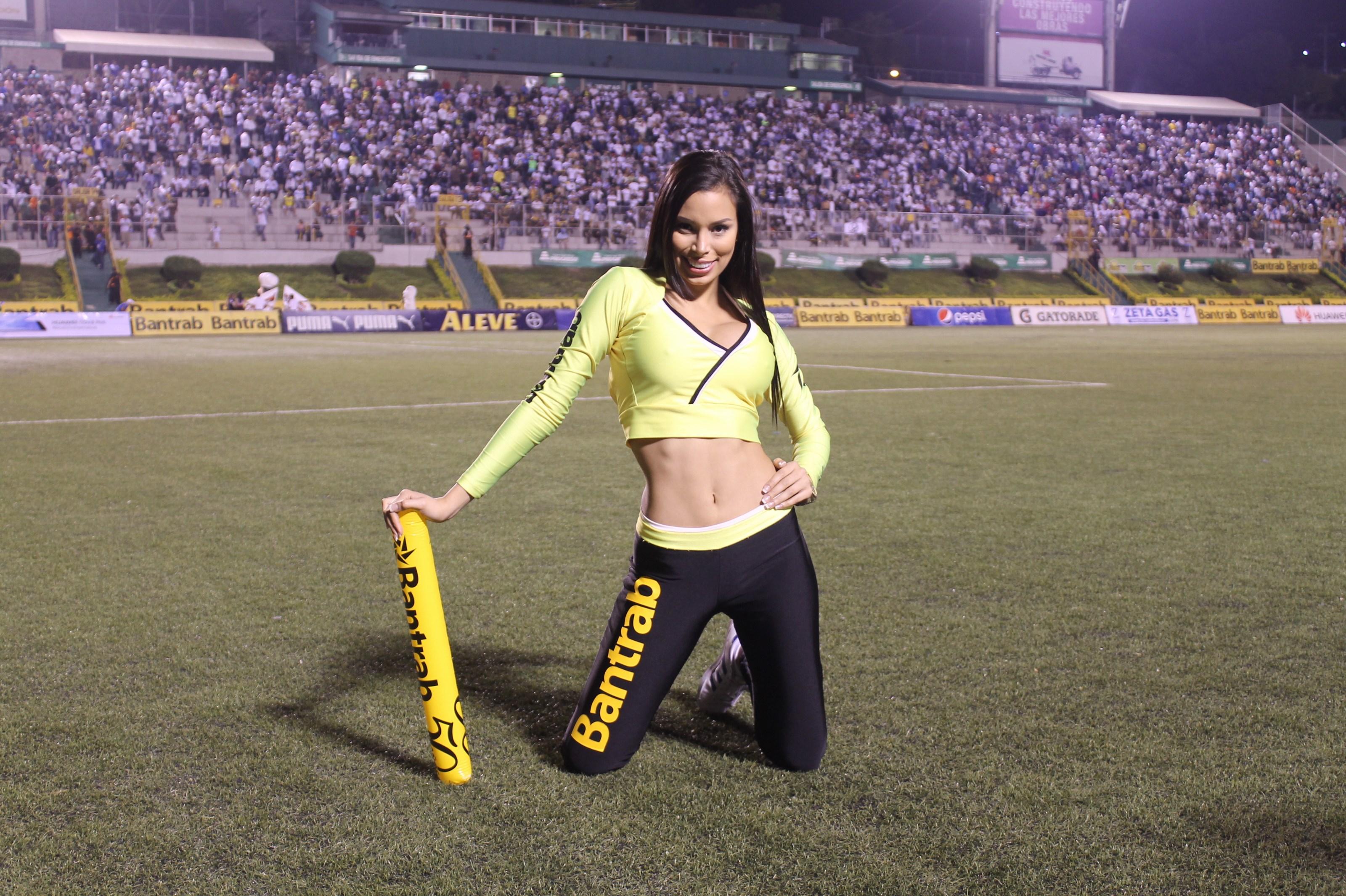(((FOTOS))) Pecho Amarillo contra Cremas, Ana quiere ver goles