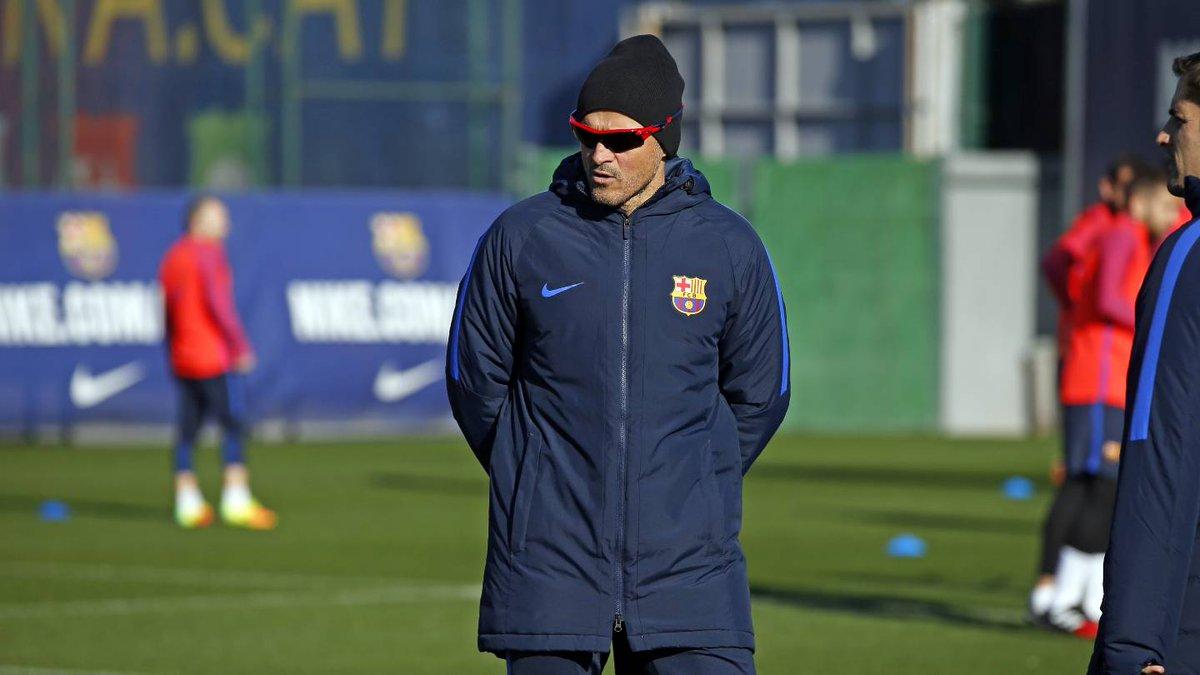"""Luis Enrique: """"Nadie se parece a Iniesta, ese es el problema"""""""