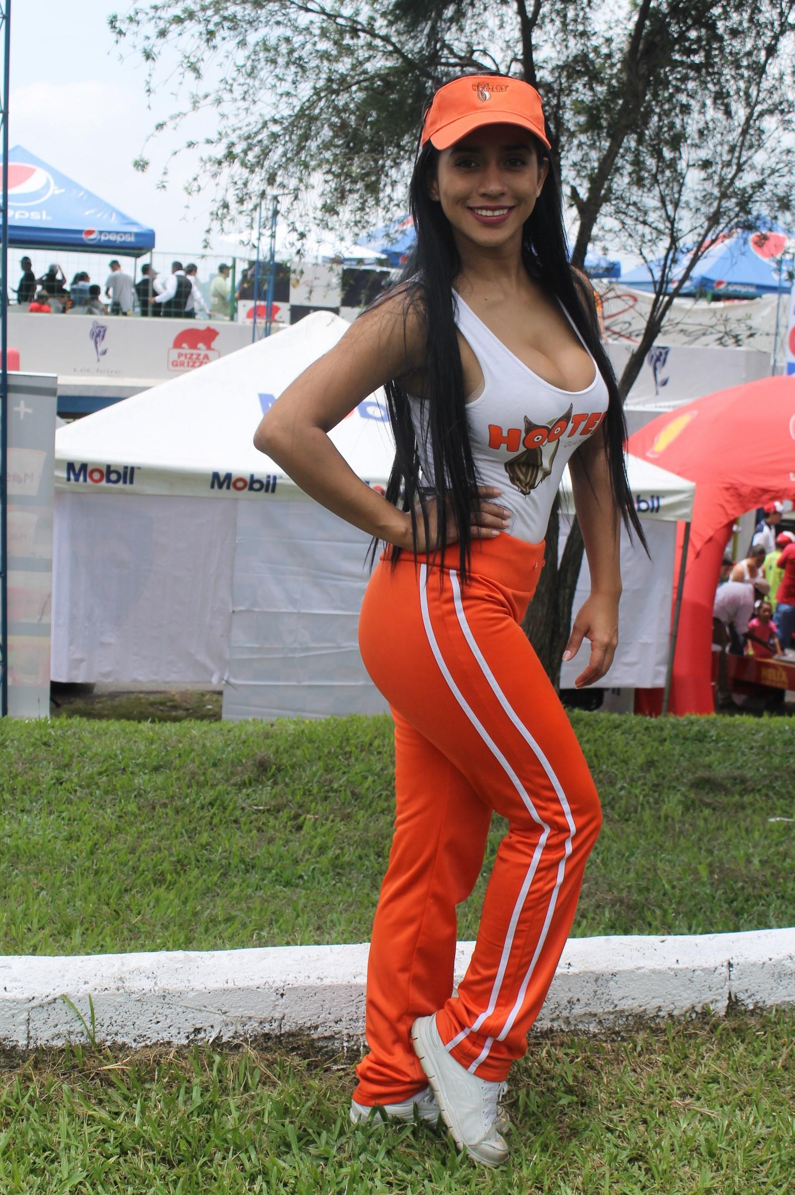 Eliza Flores (8)
